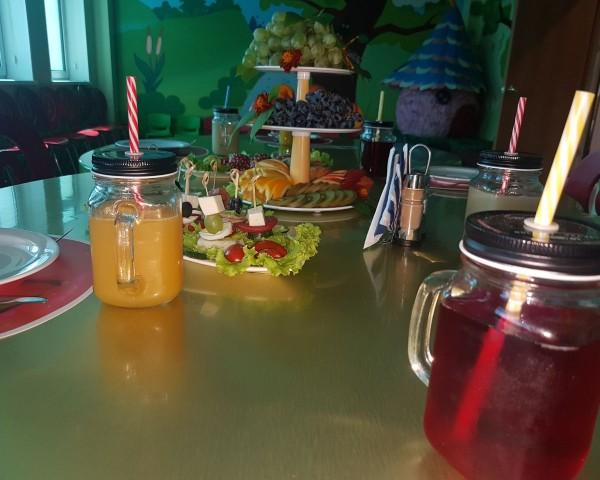 Зал кафе Яблоко_1